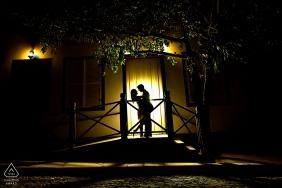 Fotografia de casamento do Brasil - sessão de retrato de casal de Pirenópolis