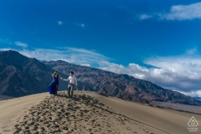 Death Valley Sand do walkers - enjoying the view during their engagement portrait session