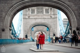 London bridge Engagement Photograph
