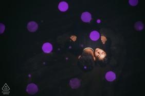Portrait de Facoke Bokeh d'en haut - Fiançailles Purple Dots Photo
