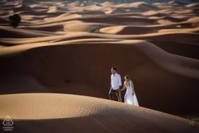 Afternoon engagement session at Fossil Rock, Dubai | Dune Wandering for newly engaged couple