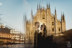 Milan engagement pre-wedding photo shoot - love in Milan