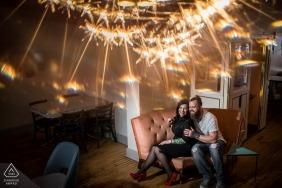 Couple de Minneapolis à Glam Doll pour une séance de portrait de fiançailles