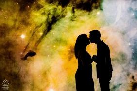 Hvězdárna a Planetáruim - Cosmic Love Couple Portrait Session