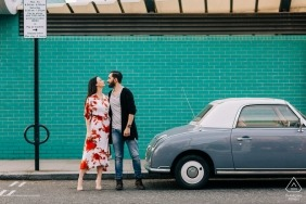 Engagment Shoot in London with an Old Car and some Big Love