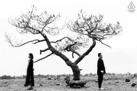 Photographe de fiançailles pour YUN NAN - Jeune couple dans le désert