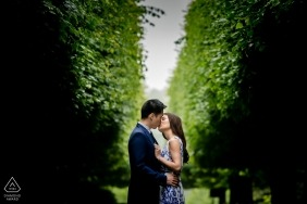 Engagement Portrait from Botanical garden, Chicago - Photography contains: trees, couple, kiss, engaged, park