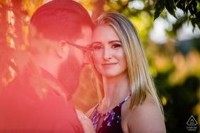 """訂婚照片,來自賓夕法尼亞州費城-Longwood Gardens-攝影師:""""我一直都想增添色彩和光線。就是這樣。"""""""