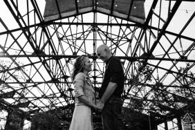 Cherry Street Pier à Philly - Photographie de fiançailles en PA