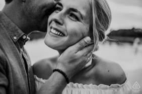 appelscha engagement photographer: hold her