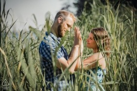 Jeziorsko Beach, Poland | Engagement portrait of two lovers in thickets.