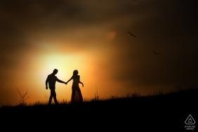 Sessão de retrato ao pôr do sol de Anápolis com casal de noivos