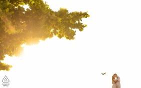 Penedo, Alagoas Engagement Photography - Portrait contient: Danse et poésie au coucher du soleil