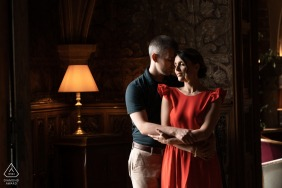 Photoshoot of a couple inside the Abbaye des Vaux de Cernay.