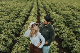Minas Gerais, Brazil Couple at Plantation | Pre-Wedding Photo Session