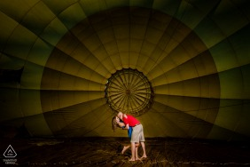 "Gettysburg Engagement Portrait | Photographer: ""This coupled opted for a hot air balloon for their engagement session so we climbed inside the balloon for a few photos before we took off."""