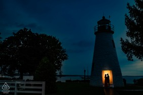 "Havre de Grace, MD | Photographer: ""This lighthouse is one of the staple elements of the Havre de Grace area so I knew I had to incorporate it into their photos."""