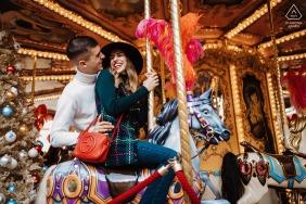 Florence, Piazza della Repubblica photo de fiançailles - l'amour est plus qu'un baiser, est probablement proche d'une bouchée
