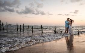 Séance photo de fiançailles à Maceió, Alagoas - un beau coucher de soleil