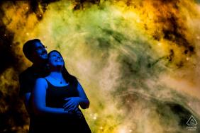 Séance photo de fiançailles à Brno - Smoke Bombs and Merry blues