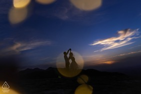 Shaanxi Outdoor pre-wedding photo shoot using the light of the Evening dusk