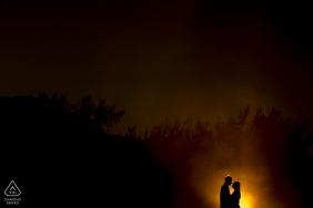 Grumari, Rio de Janeiro silhouette pre-wedding session with The fire of love