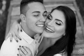 Caeté MG tightly shot black and white couple portraits of pretty faces