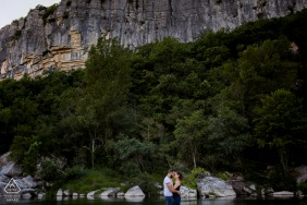 Cliffs of love engagement portraits in Ardèche, South of France