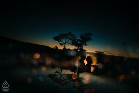 Lost Gultch Overlook mini-sessão de fotos do pôr do sol do casal antes do dia do casamento