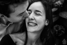 La Calella de Palafrugell in the garden of Cap Roig couple engagement pic session in black and white with intimacy