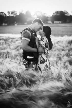 Marl couple BW engagement pic session with some lovebirds in the fields