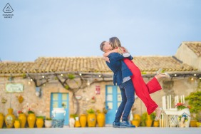 Siracusa environmental engagement e-session of couple hugging