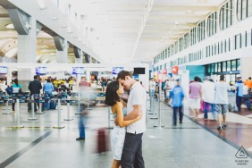 Salvador couple e-shoot in the airport with a slow camera shutter speed