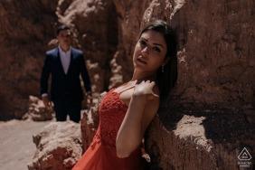 Atacama Desert environmental couple pre wedding image sessionagainst the warm rocks in the sunshine