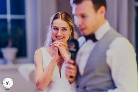 Landhotel Voshövel - Schermbeck giorno delle nozze foto dello sposo che tiene un discorso
