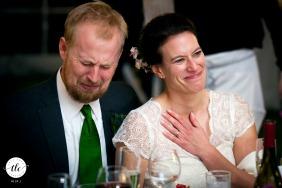 Imagen de boda en St. Joseph, Michigan que muestra las emociones de la novia durante un sincero brindis