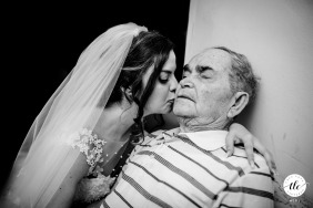 Italy wedding photo of a pachino bride and her granfather