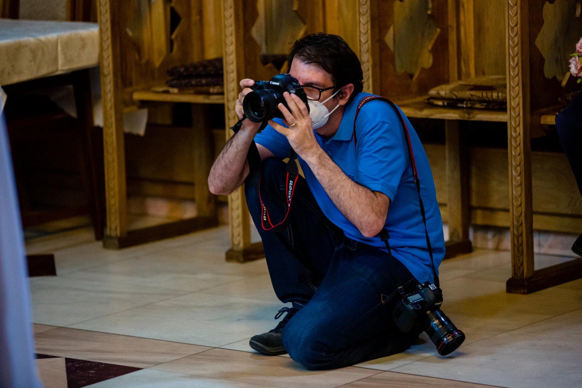 Bucharest, Romania wedding photographer working at a COVID event