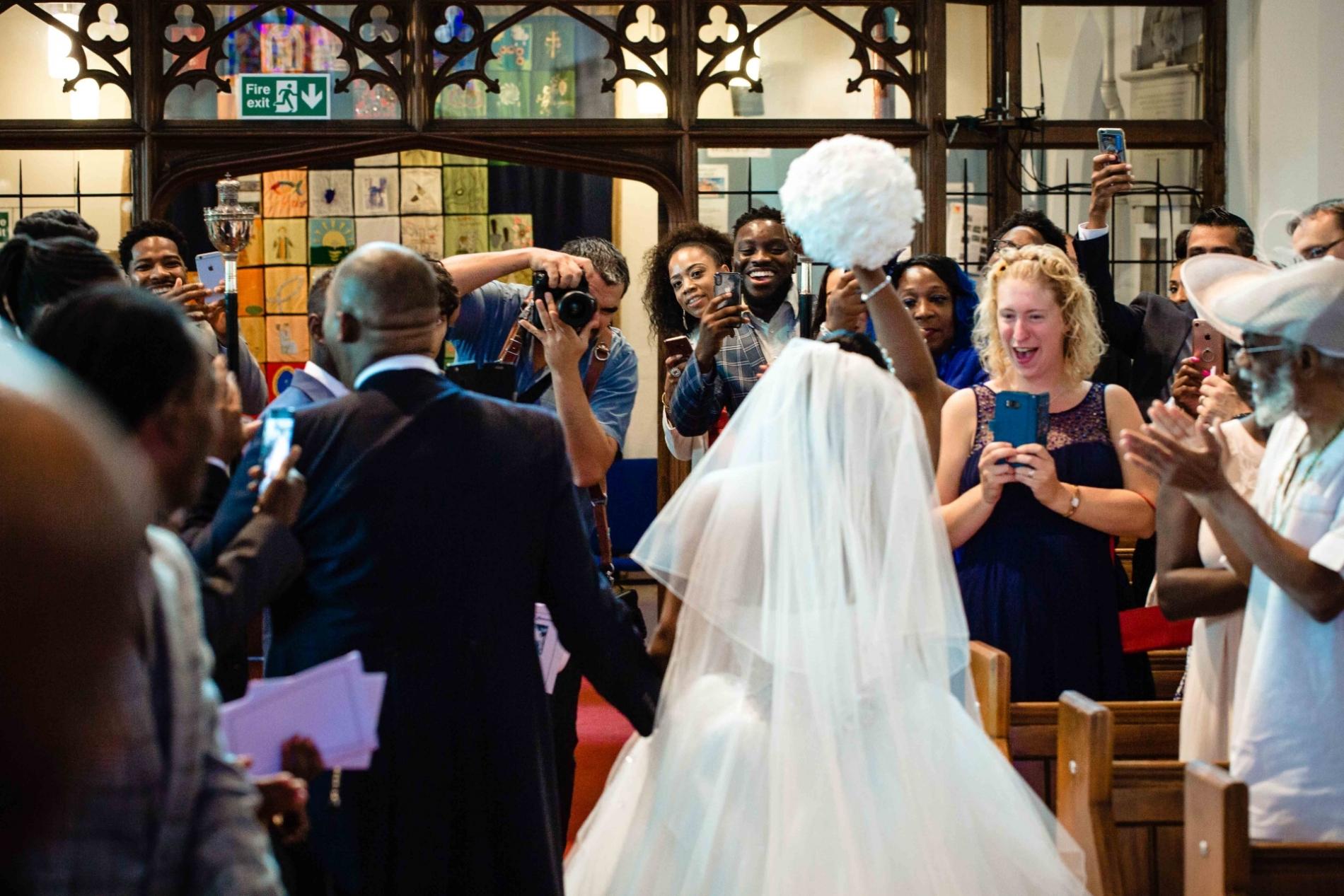 Ealing London Fotograf arbeitet an einer Hochzeit in Großbritannien.