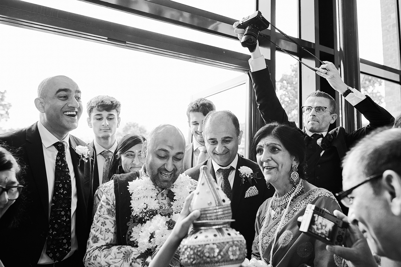 Fotografo di matrimoni asiatici Leicestershire