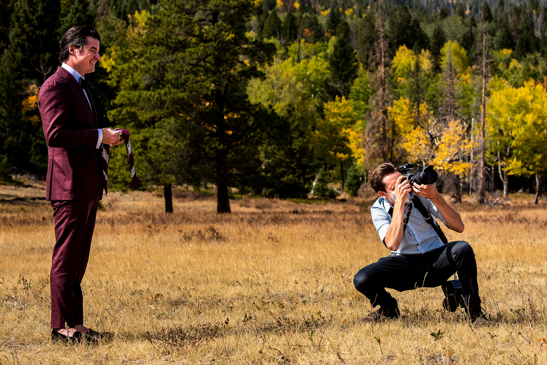 Outdoor wedding photographers shooting a wedding in Rocky Mountain National Park