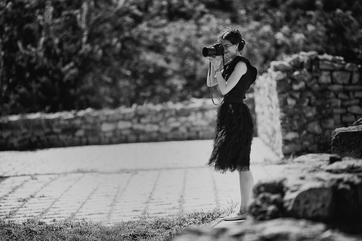 Bulgaria and Lovech Wedding Photographer Hristina Handzhieva