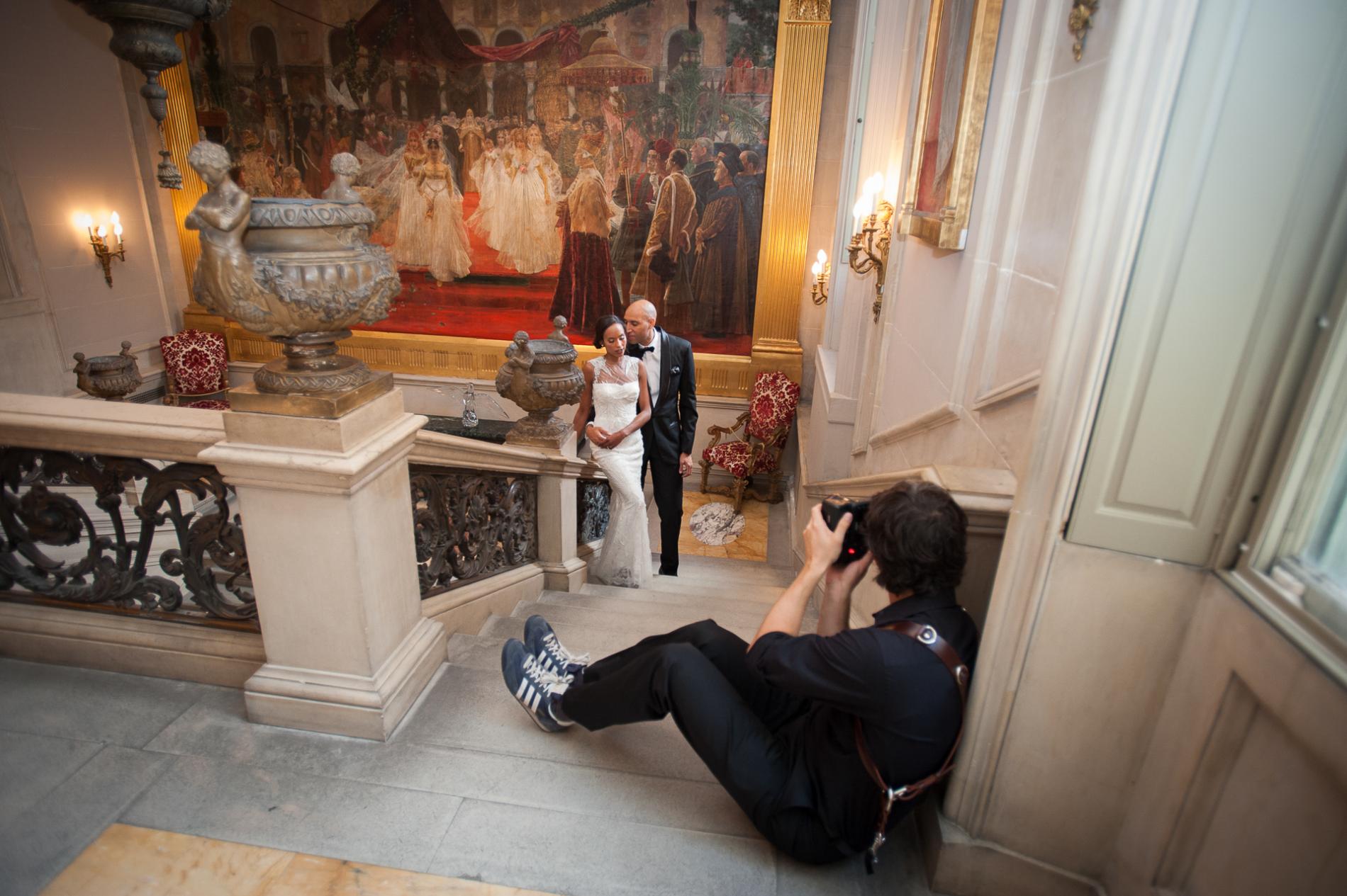 Der Fotograf von San Francisco, Drew Bird, fotografiert ein Hochzeitspaar