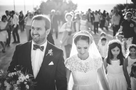 Saronida, Ateny, Grecja fotografia ślubna pary młodej nad jeziorem Vouliagmeni