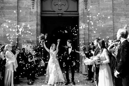 Fotógrafo de bodas La Barben - después de la ceremonia de la iglesia