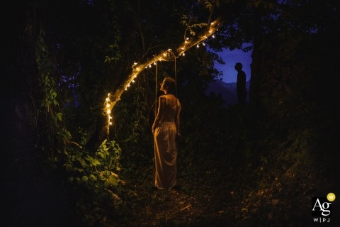 Aleks Kus is an artistic wedding photographer for