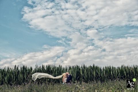 Massimiliano Beccati jest artystycznym fotografem ślubnym w Mediolanie