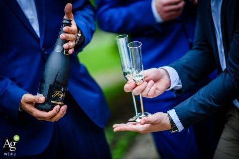 Wedding Cheers - The Wedding Champagne with Groomsmen