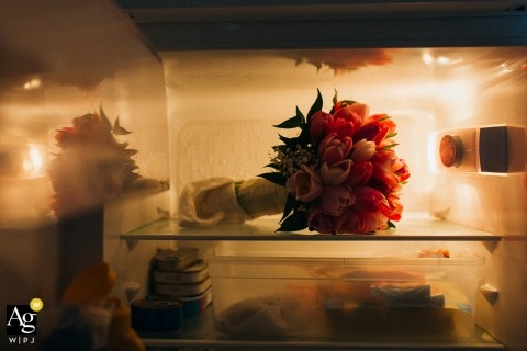 Slovkia creative wedding photography | detail of bouquet in refrigerator
