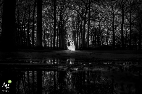 Kim Rooijackers is an artistic wedding photographer for Noord Brabant